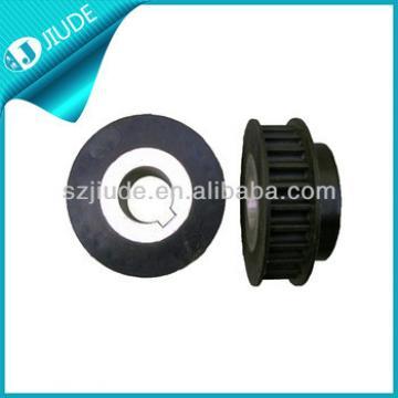 Elevator motor roller pulley