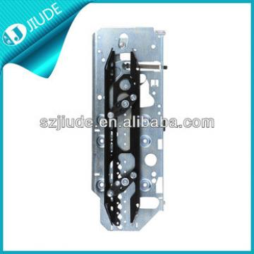 Sight seeing Elevator door knife