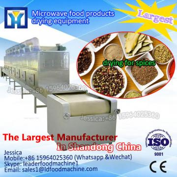 Continuous microwave cardamom dryer